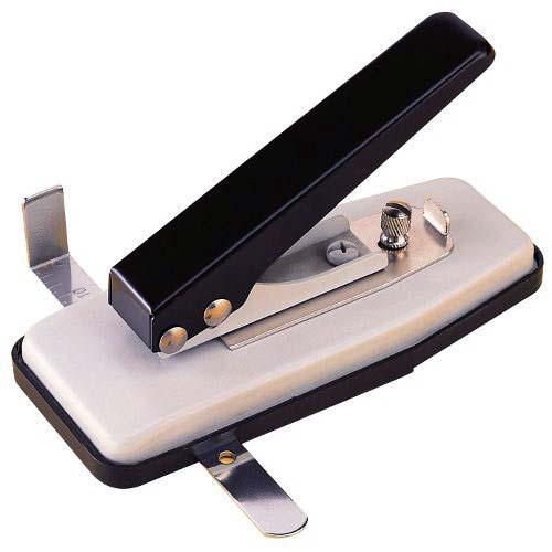 Oval Hole Punch for Id Image 1